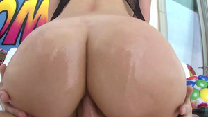 Tall Texan 22 y.o. Giselle Palmer's Virgin Anal Video!
