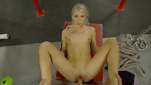 Sporty tight girl Kenzie Reeves get her pussy pounded in GYM!