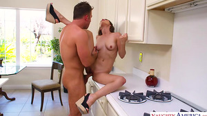 Hot neighbor girl Karter Foxx loves her pussy licked and fucked!