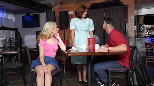 Teen Jane Wilde sucking her boyfriend under the table in caffe!