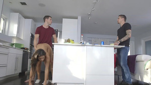 Young Autumn Falls fucked behind her boyfriend back!