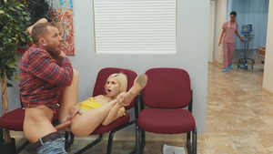 Young slut Kiara Cole fucks with Scott at the clinic!