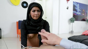 Brace-faced Hijab Binky Beaz blowjob big dick!